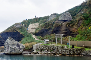 神宿る島.jpg